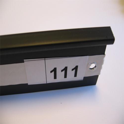 111 negru