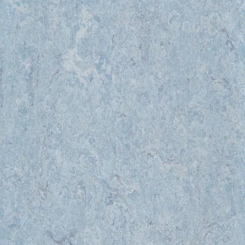 121-121 porcelain blue